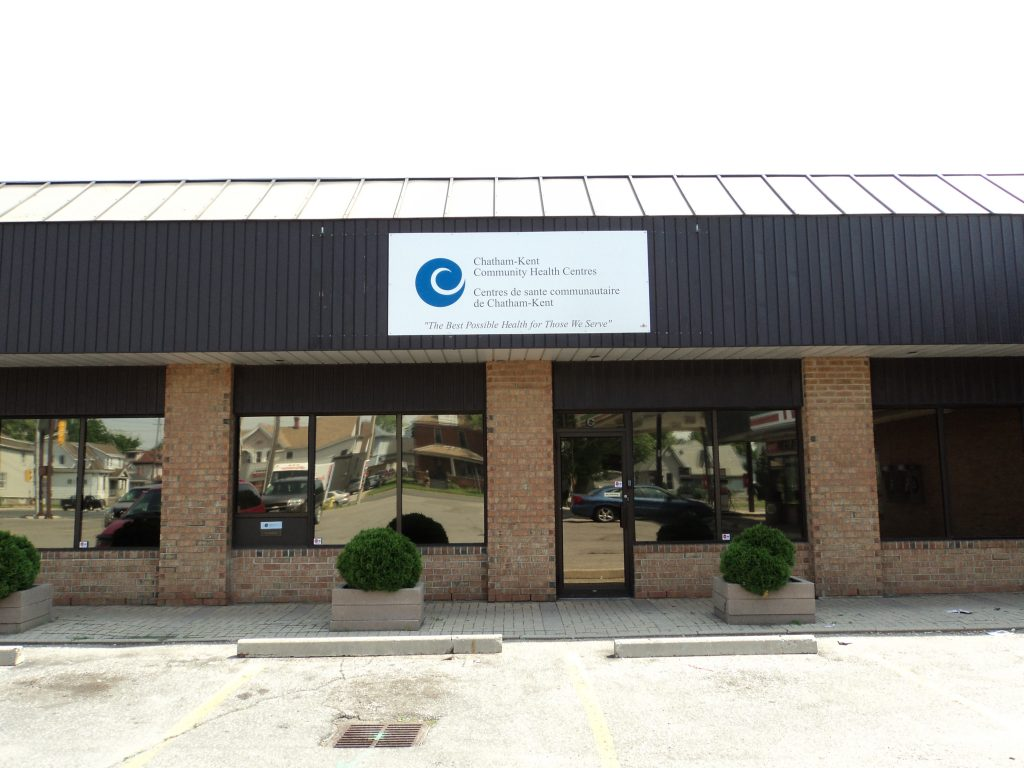 The main Chatham office in 2010 with its temporary sign